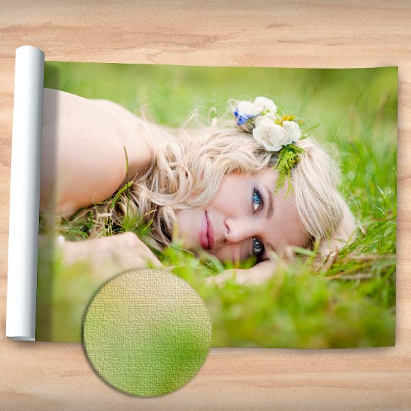 Our canvas poster prints combine the beauty of canvas and the convenience of a photo poster.