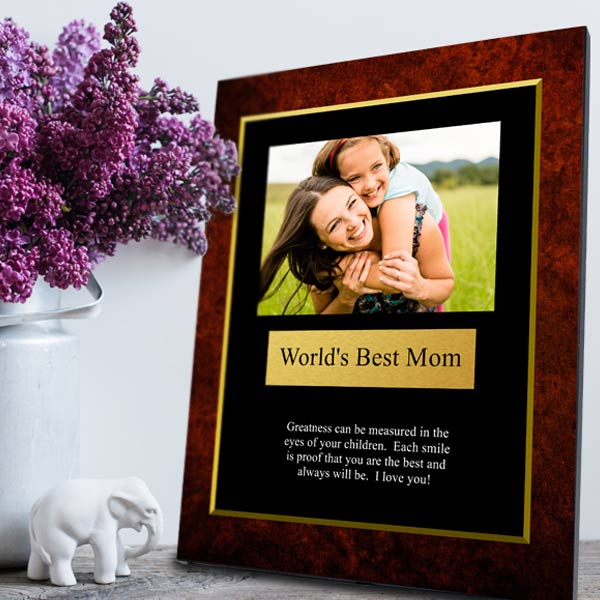Design an award plaque to celebrate a friend or loved one using your own photos and text.