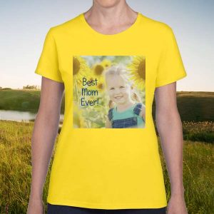 Create the perfect gift for mom with a photo personalized t-shirt from MyPix2