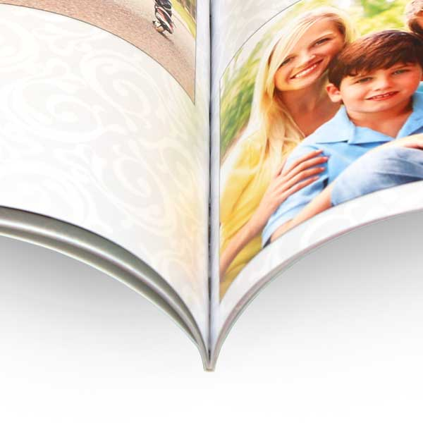 Create a personalized photo cover book professionally bound with your photos