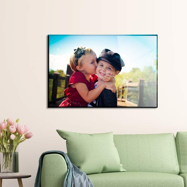 Turn your best memory into a work of art with a glossy wood panel