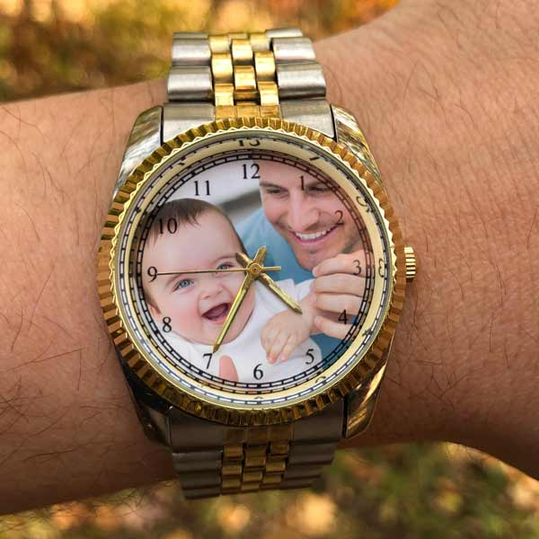 Create a custom watch using your own picture and wear it always with MyPix2