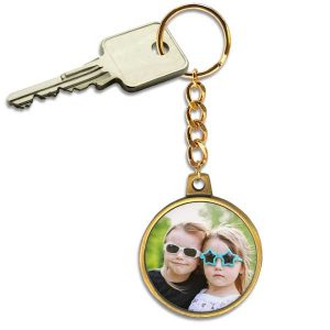 Create a beautiful antique gold key ring to keep your keys together and carry with you