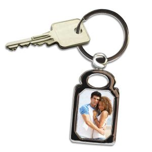 Turn your favorite photograph into a key chain, rectangle photo key rings are perfect for your keys