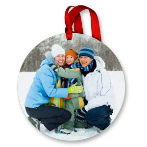 Vibrant and beautiful round picture ornaments are perfect for the holidays